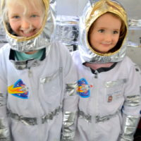 Elsie and Zoe get ready for take-off!